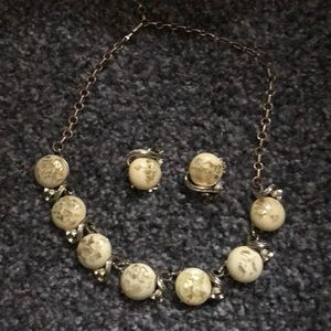 Jewelry - Vintage set necklace and earrings.